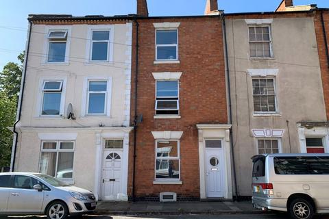 3 bedroom townhouse for sale - Lower Thrift Street, Abington, Northampton NN1 5HP