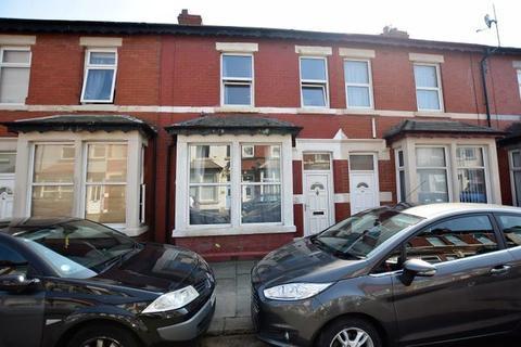 2 bedroom terraced house for sale - Gladstone Street, Blackpool, Lancashire, FY4 2AL