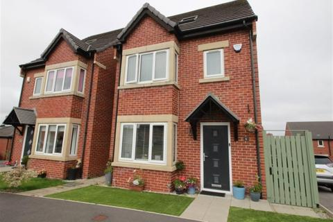 4 bedroom detached house for sale - Roundhill Road, Pudsey , LS28