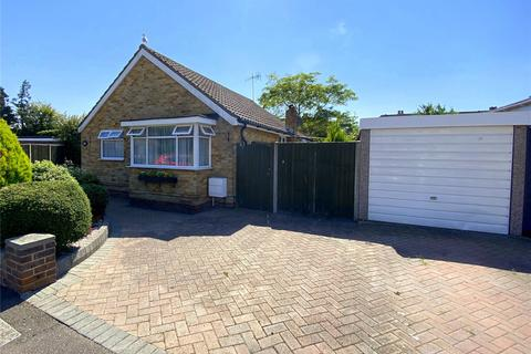 2 bedroom bungalow for sale - Croshaw Close, Lancing, West Sussex, BN15