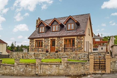 3 bedroom detached house for sale - Main Road, Crynant, Neath, Neath Port Talbot. SA10 8NT