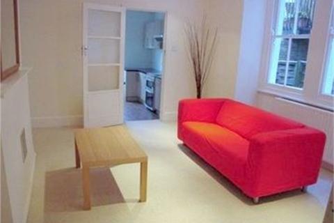 3 bedroom flat to rent - Coverton Road, Tooting Broadway