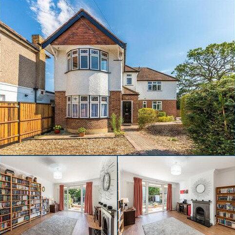 4 bedroom semi-detached house for sale - Keswick Road, Twickenham, TW2