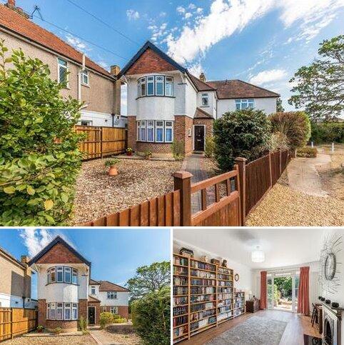4 bedroom detached house for sale - Keswick Road, Twickenham, TW2