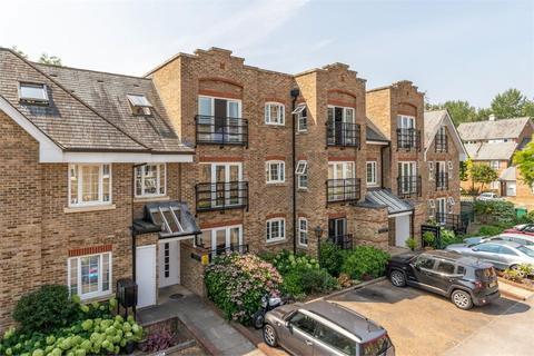 1 bedroom flat for sale - Whittets Ait, Jessamy Road, Weybridge, Surrey