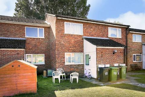 2 bedroom apartment for sale - Woodside Court, Attleborough