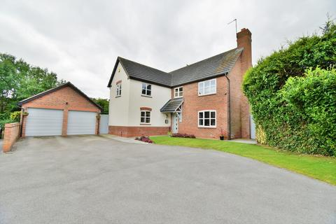5 bedroom detached house for sale - Alexandra Drive, Yoxall