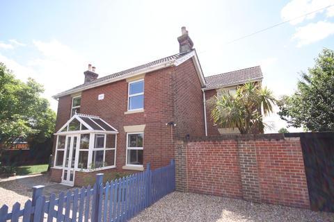 3 bedroom detached house to rent - Admirals Road, Locks Heath