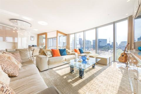 2 bedroom property for sale - The Tower, One St George Wharf, SW8
