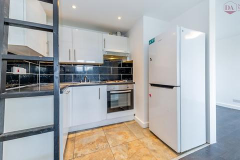 2 bedroom apartment for sale - New Orleans Walk, N19