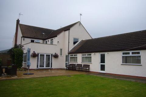 4 bedroom detached house for sale - Wheelgate House, Main Street, Reedness, Nr Goole, DN14 8ER