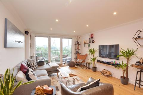 2 bedroom flat for sale - Greenfell Mansions, Glaisher Street, Deptford, London, SE8