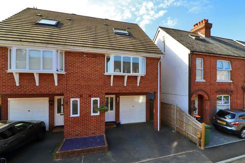3 bedroom townhouse - Nelson Road, Tunbridge Wells