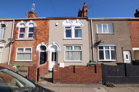 3 bedroom terraced house to rent - CROMWELL ROAD, GRIMSBY