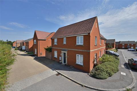 4 bedroom detached house for sale - Pearmain Way, Ashford, Kent, TN23