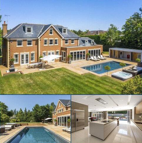 7 bedroom detached house for sale - Montrose Gardens, Oxshott, Surrey, KT22