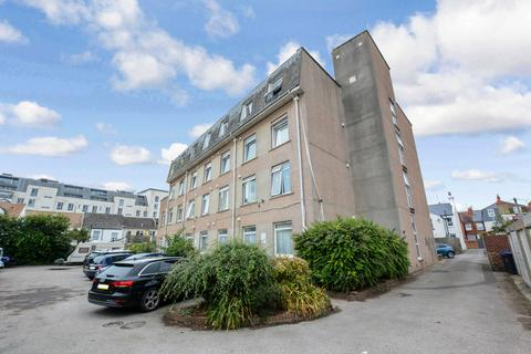 Studio for sale - Milton Court, Milton Road, West Sussex, BN11