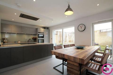 4 bedroom townhouse for sale - Kings Hollow, Cheltenham