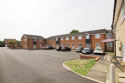 2 bedroom apartment to rent - Kitelands Road, Biggleswade, SG18