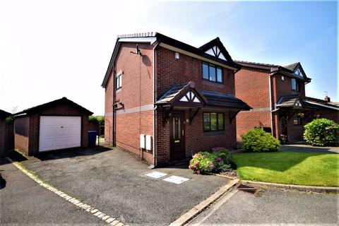3 bedroom detached house for sale - Meadow View, Norton, Stoke-On-Trent.