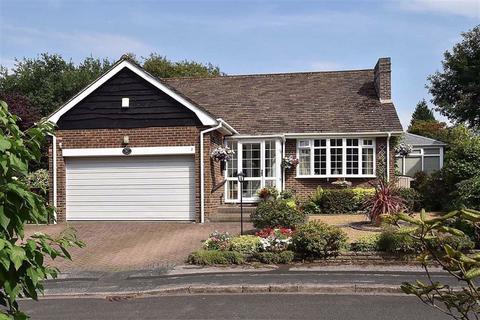 3 bedroom detached bungalow for sale - Lincombe Hey, Prestbury
