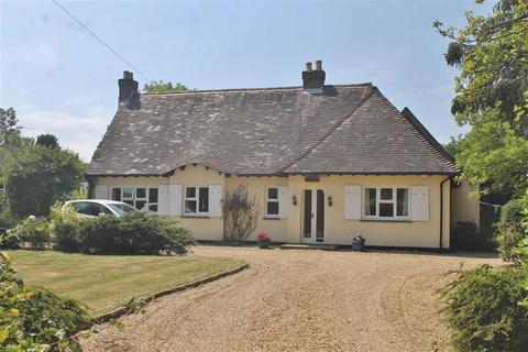 5 bedroom detached bungalow for sale - Whitehill Road, Meopham
