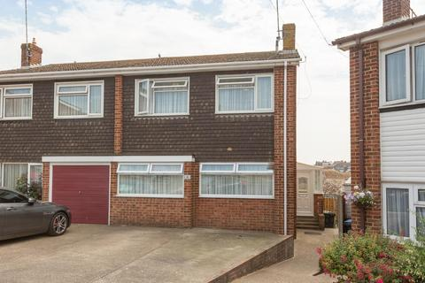 3 bedroom house for sale - 6 Claire Court, BROADSTAIRS