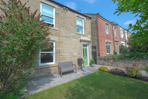 3 bedroom semi-detached house for sale - Beaconsfield Road, Gateshead