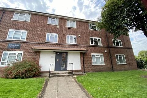 2 bedroom flat to rent - Oxford Street, Eccles, Manchester