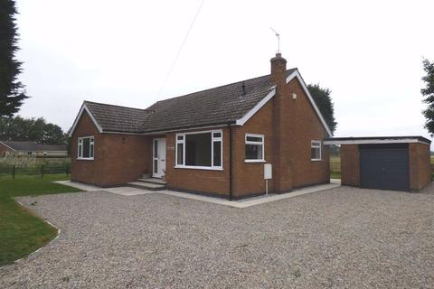 4 bedroom detached bungalow to rent - Canal Side East, Newport