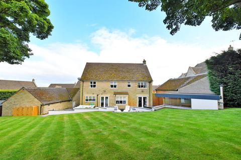 5 bedroom detached house for sale - Totley Hall Croft, Sheffield