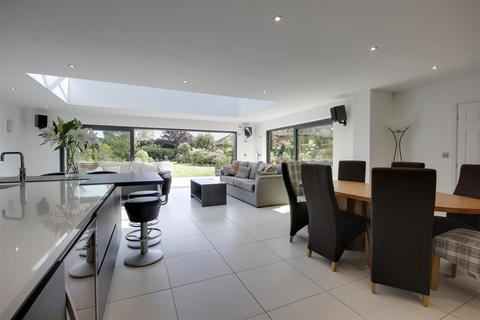 4 bedroom detached house for sale - Dunswell Road, Cottingham