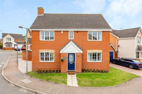 4 bedroom detached house for sale - Gunson Gate, Chelmsford, Essex, CM2