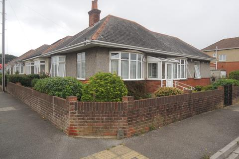 2 bedroom detached bungalow for sale - Morrison Avenue, Parkstone, Poole BH12