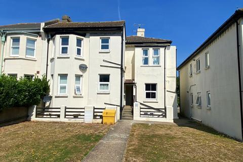 2 bedroom apartment for sale - Reydon House, 81 Lyndhurst Road, Worthing, West Sussex, BN11