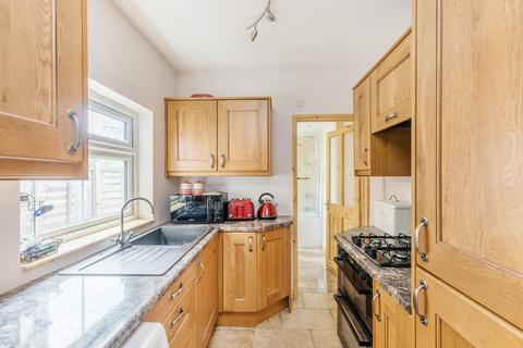 1 bedroom apartment to rent - Montpelier Road, Purley