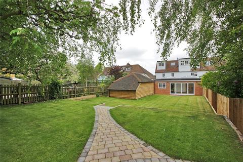 4 bedroom end of terrace house for sale - Orchard Farm Cottages, Lested Lane, Chart Sutton, Kent, ME17