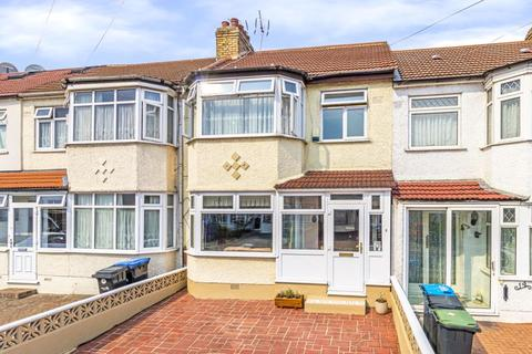 4 bedroom terraced house for sale - Broadlands Close, Enfield