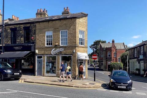 Retail property (high street) to rent - Harrogate Road, Leeds, LS7