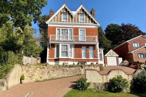 6 bedroom detached house for sale - St Helens Park Road, Hastings