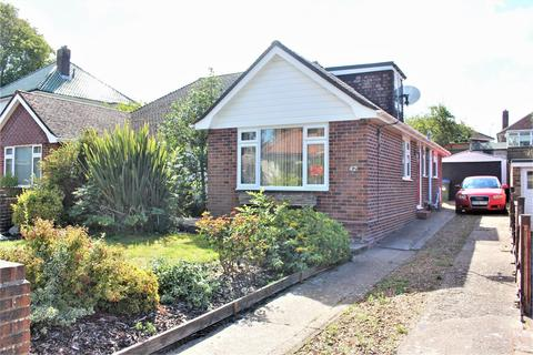 3 bedroom chalet for sale - Richington Way, Seaford