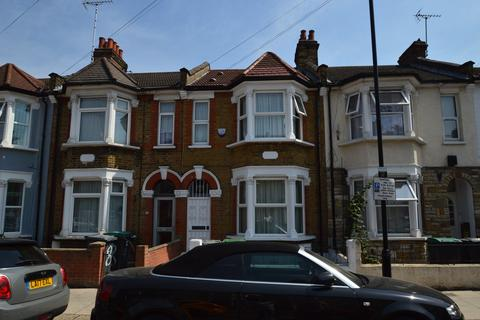 3 bedroom terraced house for sale - Chalgrove Road, London, N17