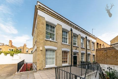 2 bedroom flat for sale - The Driftway, Bow, London