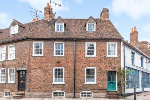4 bedroom terraced house for sale - Aylesbury Old Town,  Buckinghamshire,  HP20