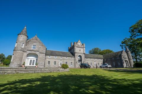 3 bedroom terraced house to rent - Skene House Court, , Aberdeen, AB32 7BQ