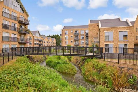 2 bedroom flat for sale - Esparto Way, Dartford, Kent