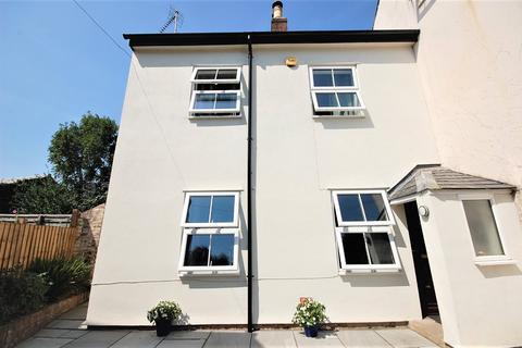 2 bedroom end of terrace house for sale - Church Street, Charlton Kings, Cheltenham, Gloucestershire, GL53