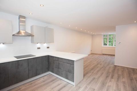 3 bedroom townhouse to rent - Kersal Crag, Salford