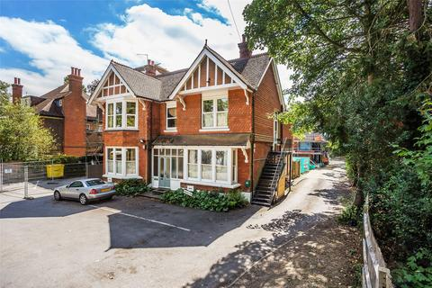 5 bedroom house for sale - Massetts Road, Horley, Surrey, RH6