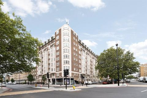 3 bedroom flat - Ivor Court, Gloucester Place, London